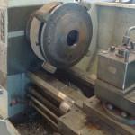 2013-07-28  Svarvning av svänghjulet som en gång satt på en Cheva.