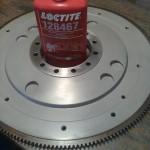 2013-09-04  Svänghjulet blästrat, klarlackat och startkransen påkrympt med värme/kyla samt vederbörlig LocTite.