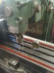 Här kontrolleras att fräsmaskinens precision är god nog, för att sedan…