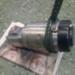 2013-05-18  Det här är den elektriska pump jag ämnar använda för att pumpa upp oljetryck innan jag startar motorn. Den ska så småningom kompletteras med back- och överströmningsventil.