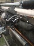 …och till sist avslutning vid sista karburatorn. Gängade hålet är för att kolla bränsletryck.