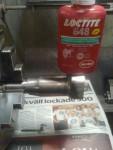 Mina trogna läsare behöver väl inte tveka på vilken LocTite jag använder för permaneta limningar... Sexfyrtioåttaaaa...!