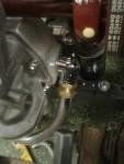 Här är det ett 28mm rör från tryckoljepumparna som fixats till med lite konstiga böjradier…