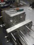 Så här har jag börjat med att LockTajta fast alla skruvar i aluminiumblocken.