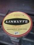Så det blev att ta fram den gamle trotjänaren jag har kvar sedan 1973. Linklyfe Molybden Disulfid kedjefett!