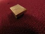Som ni ser på ytan så har jag gjort små spår i en kryssform. Det är samma princip som när man krysshonar ett cylinderlopp… Det är för att smörjfilmen ska ha något att greppa tag i, som små smörjmedelshandtag.