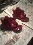 Pumparna monterade och bättringsmålade med den magiskt maroonröda färgen. Mer kommer kanske… en annan dag.